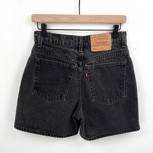 Vintage Levi's 550 Black Shorts High Rise Denim Relaxed Fit Size 9 80s 90s